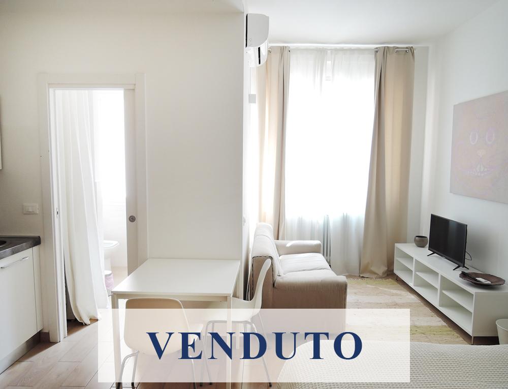 Maschera-VENDUTO_Stromboli.jpg